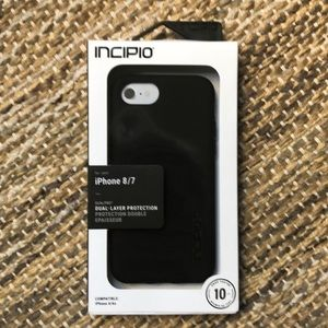 NWT Incipio iPhone 8/7 phone case.